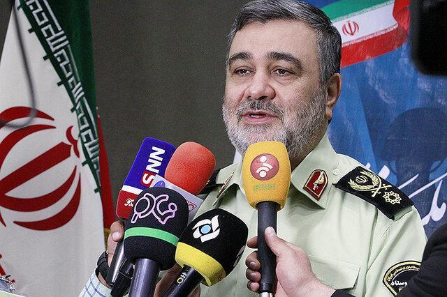 فرمانده نیروی انتظامی از پایانه مرزی مهران بازدید کرد