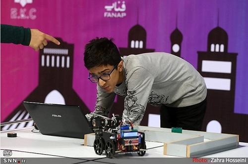 دانشکده مهندسی کامپیوتر دانشگاه صنعتی امیرکبیر، پیشرو در تدوین برنامه ارشد هوش مصنوعی است