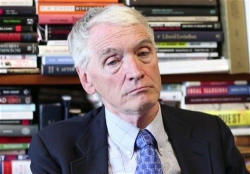 استاد دانشگاه آمریکا: واشنگتن قصدی برای خروج از افغانستان ندارد