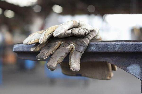 بیکاری بیش از 700 کارگر لرستانی به دلیل کرونا