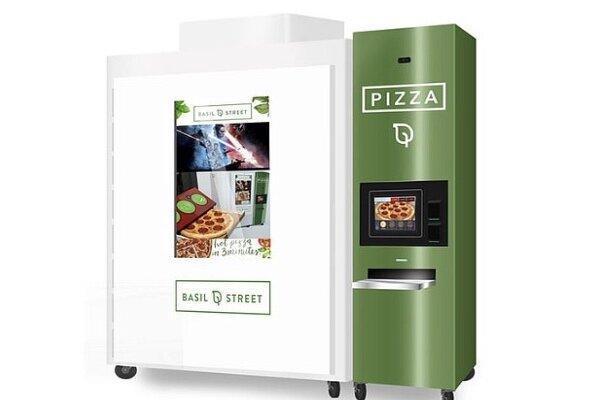 ماشینی که 3 دقیقه ای پیتزا می پزد و می فروشد!