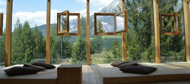 5 کلبه سازگار با محیط زیست مناسب برای سفرهای تابستان برای افراد گریزان از هتل